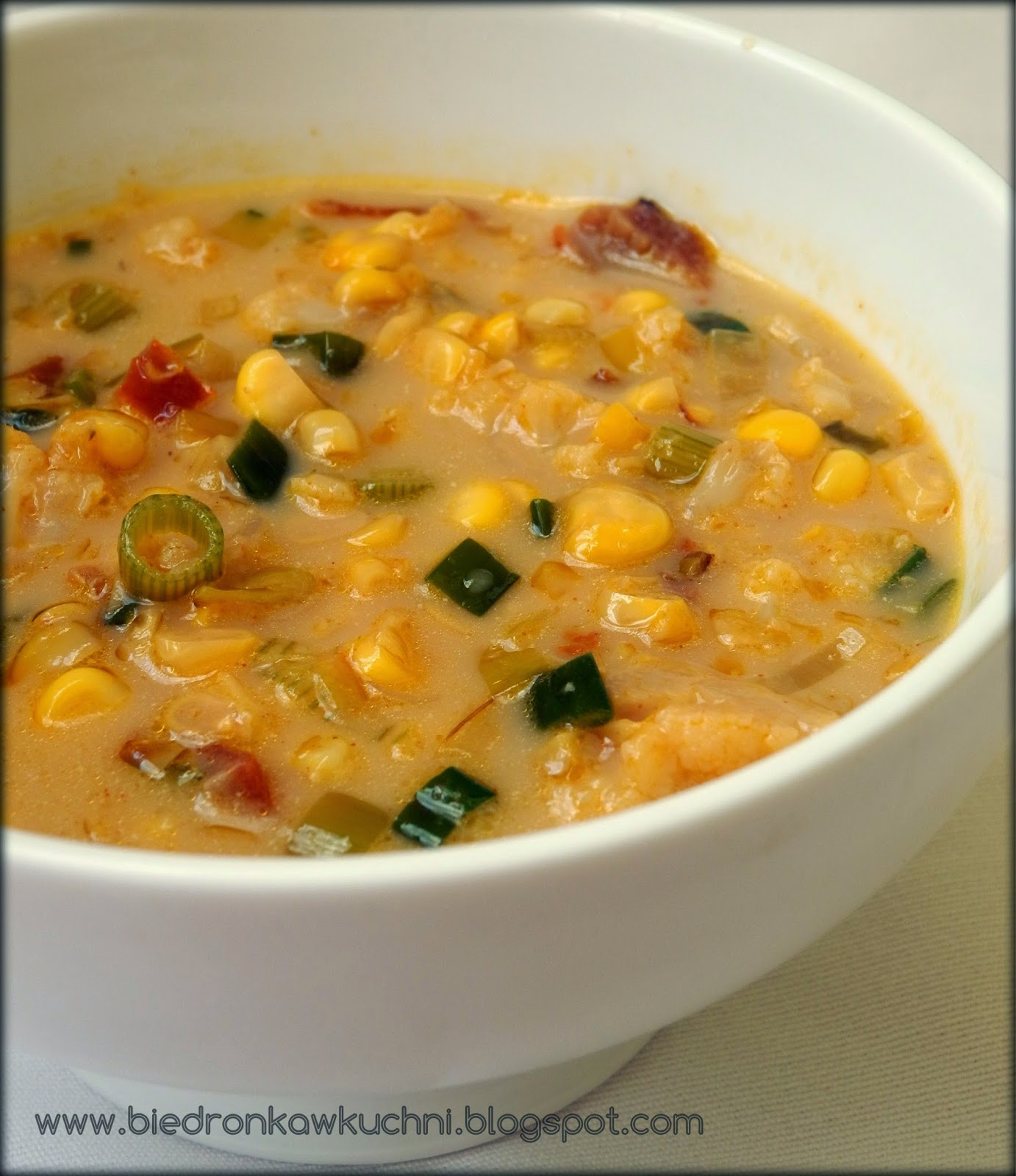 chowder z kukurydzy, kuchnia roślinna, jadłonomia, zupa wegańska