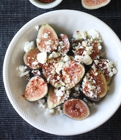 fresh figs with aleppo chili flakes, honey and feta recipe