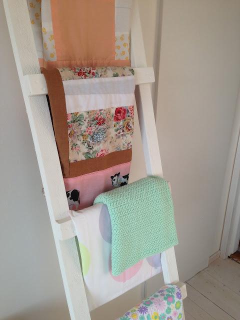 Senaste DIY – ett stycke stege till bebisfiltar