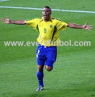 Ronaldo Estará En El Partido Amistoso Escocia Vs Brasil