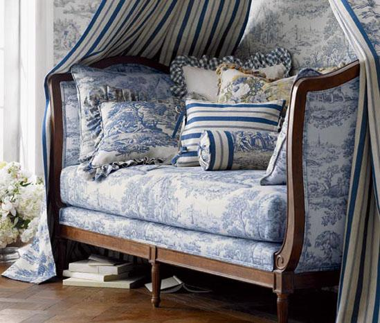 Blue And White Decor Mesmerizing Of French Blue Toile Daybed Image