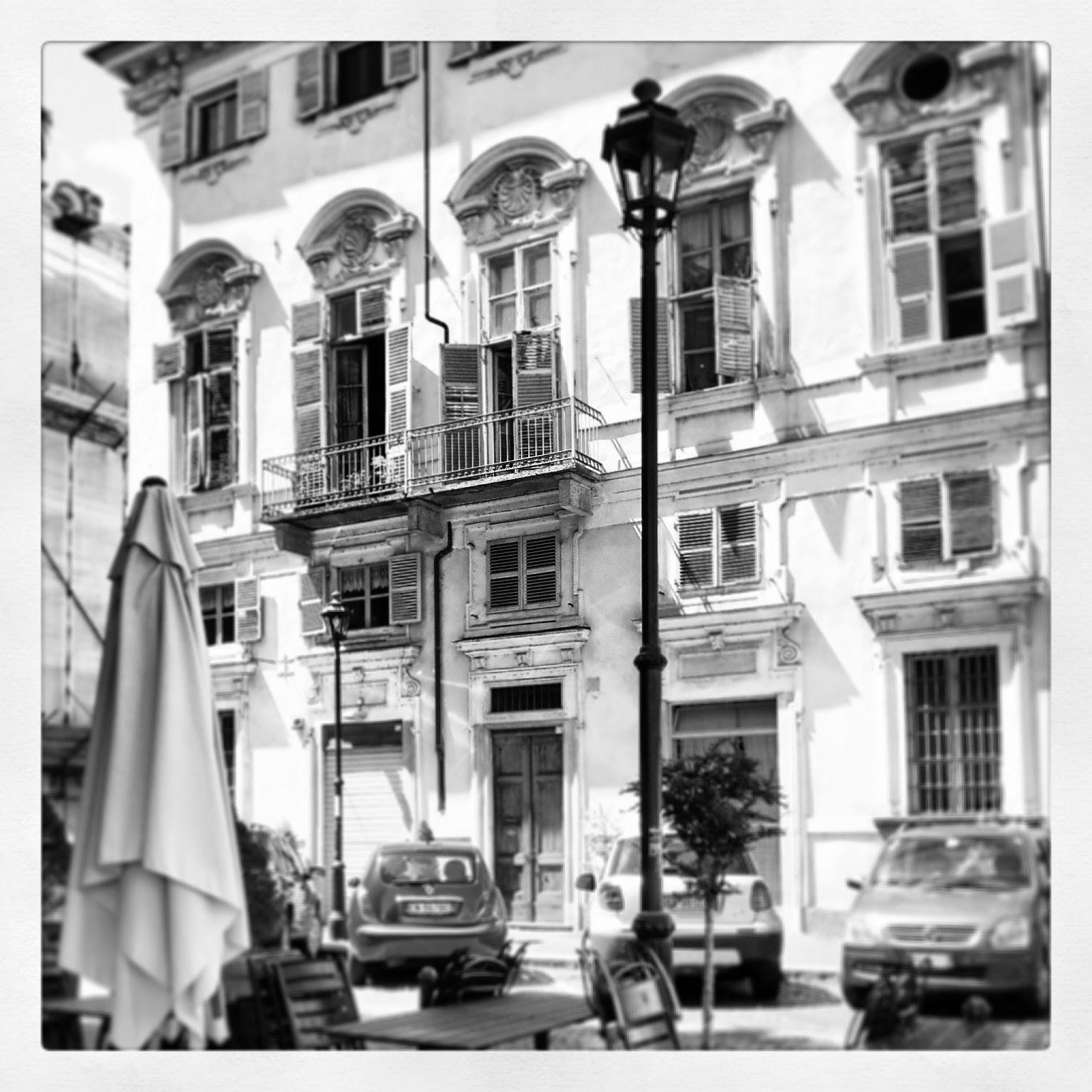 Torino a Ferragosto - Black Cat Souvenirs