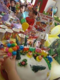 Begüm'ün palyaço temalı 4'e 2,5 kala doğum günü partisi