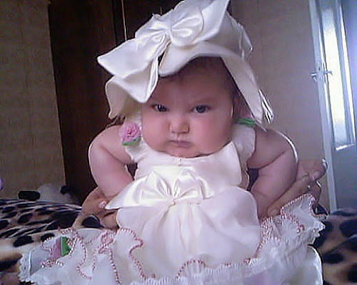 Joli photo bébé fille humour