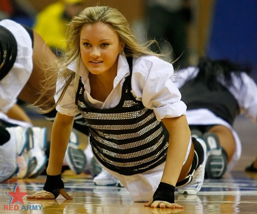 Cheerleaders most embarrassing moments newhairstylesformen2014 com