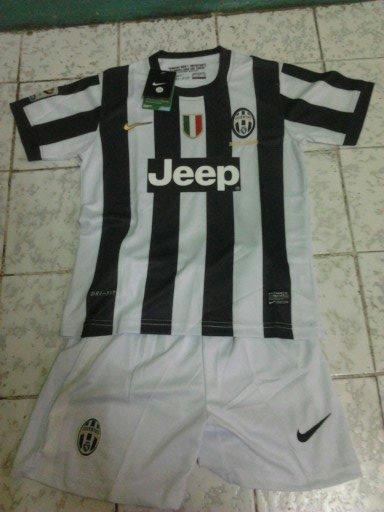 Jual Jersey Kid Juventus Home 2012