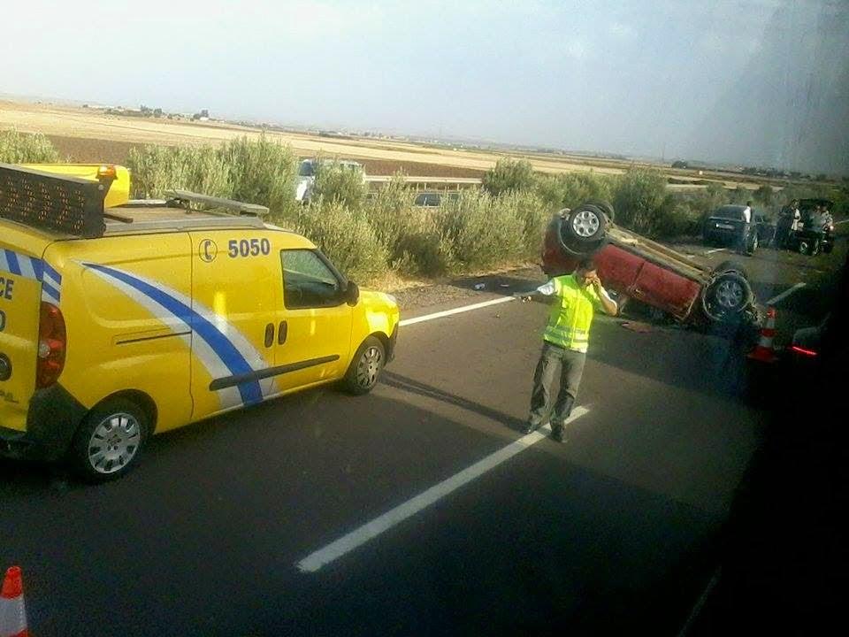 عاجل: بالصور .... حادثة سير خطيرة قرب محطة الأداء برشيد