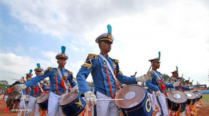 Car Free Day Dimeriakan Marching Band Polisi dari 5 Negara