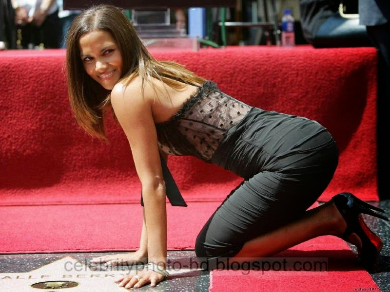 Halle+Berry+Latest+Hot+Photos+With+Short+Biography004