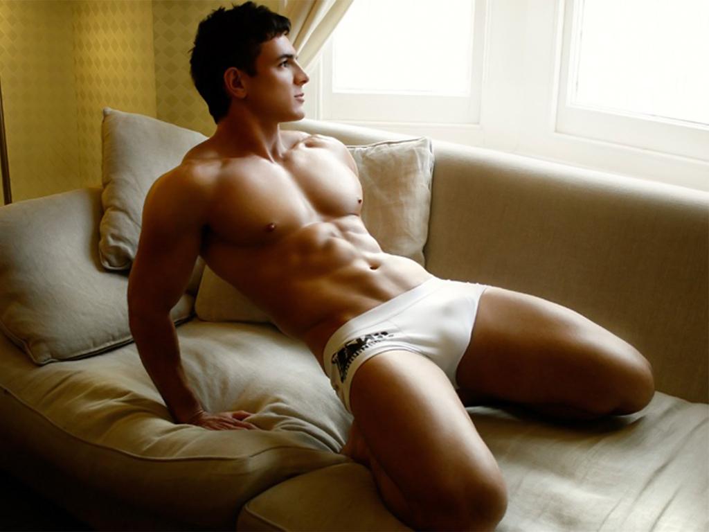 2011_01-03_Underwear_Couch_small.jpg