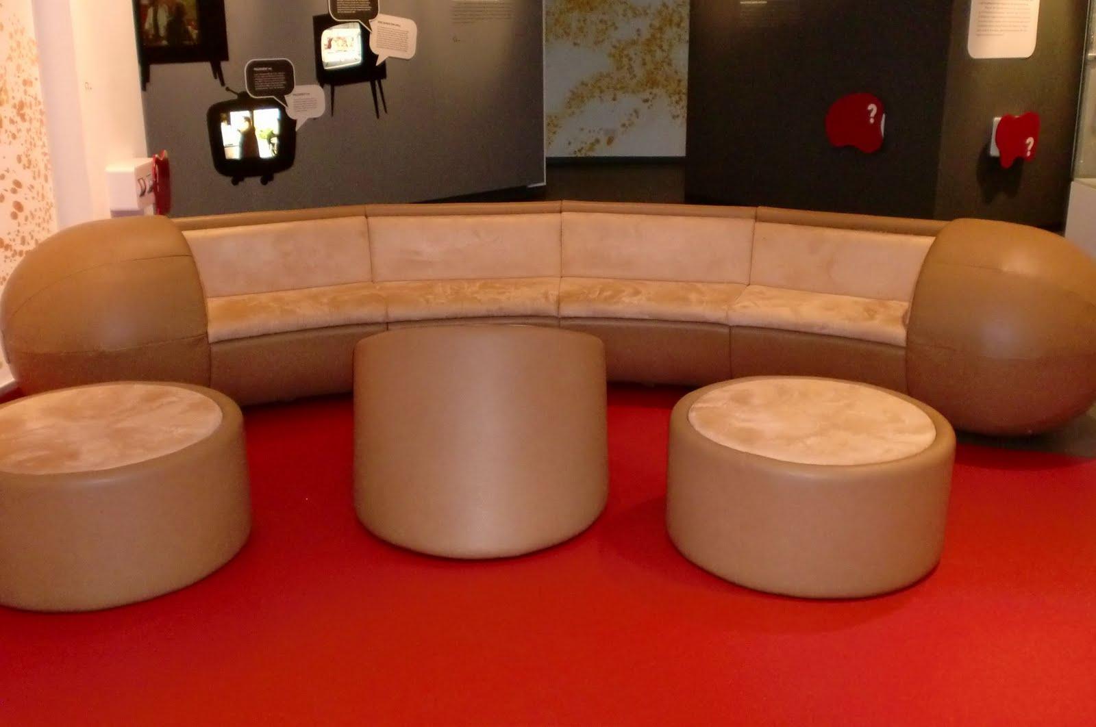 trendqueen die wurst die die welt bewegt trendqueen on. Black Bedroom Furniture Sets. Home Design Ideas