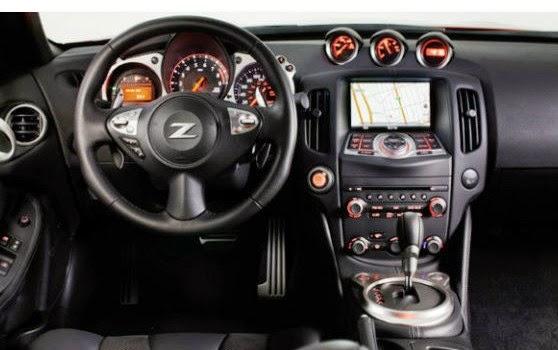 2016 Nissan Z35 interior