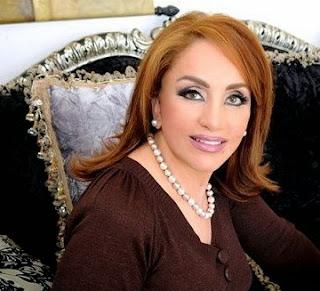 أحلام مستغانمي، كاتبة وروائية جزائرية