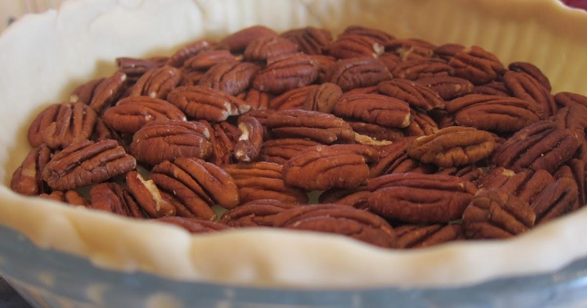 A Desire to Inspire: Chocolate Bourbon Pecan Tart Recipe
