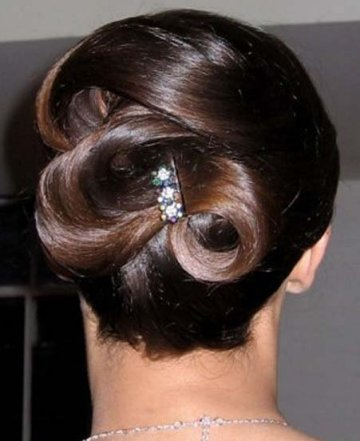 easy hairstyle ideas. Prom Hairstyle Ideas for 2011