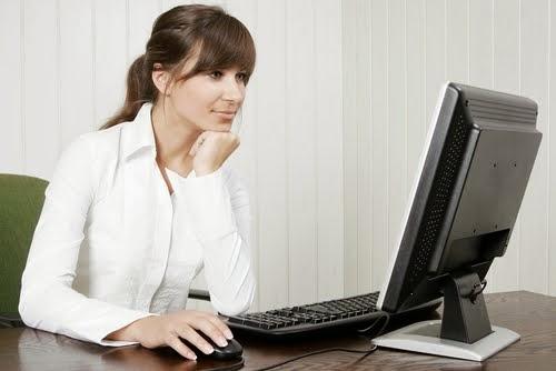 Hasil gambar untuk programmer wanita