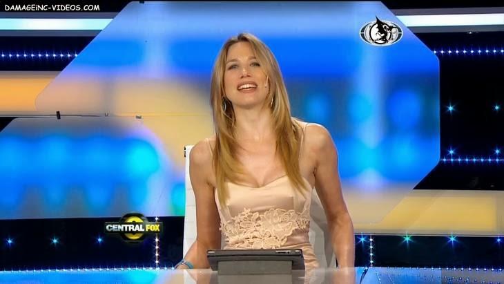 Argentina journalist Alina Moine Dakar reporter sexy cleavage