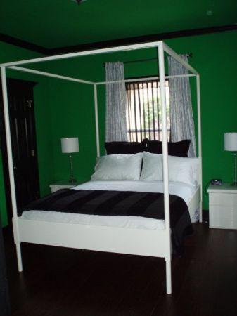 thou shall craigslist thursday june 07 2012. Black Bedroom Furniture Sets. Home Design Ideas