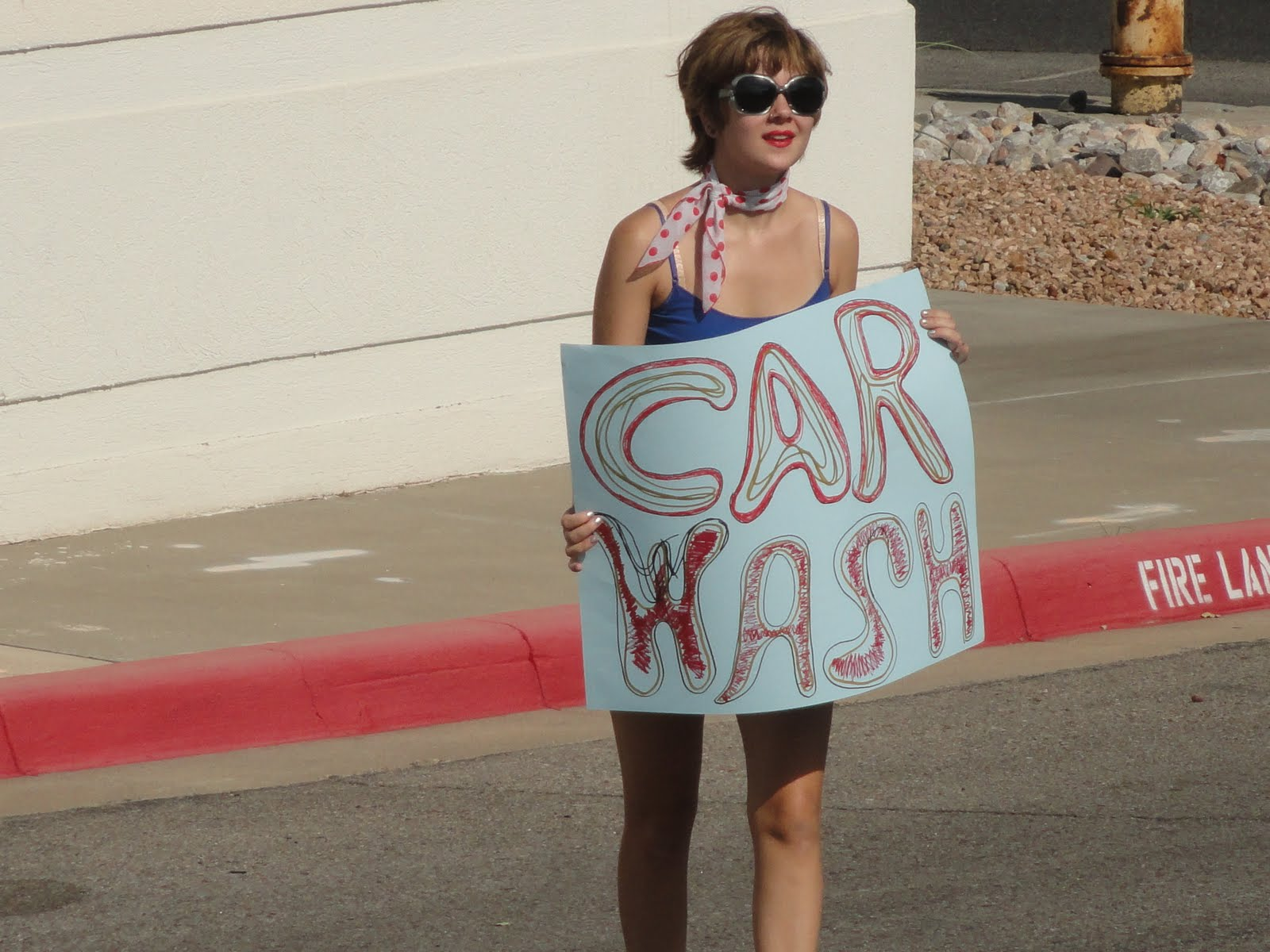Sandra Dodd: A car wash with singing: sandradodd.blogspot.com/2011/08/car-wash-with-singing.html