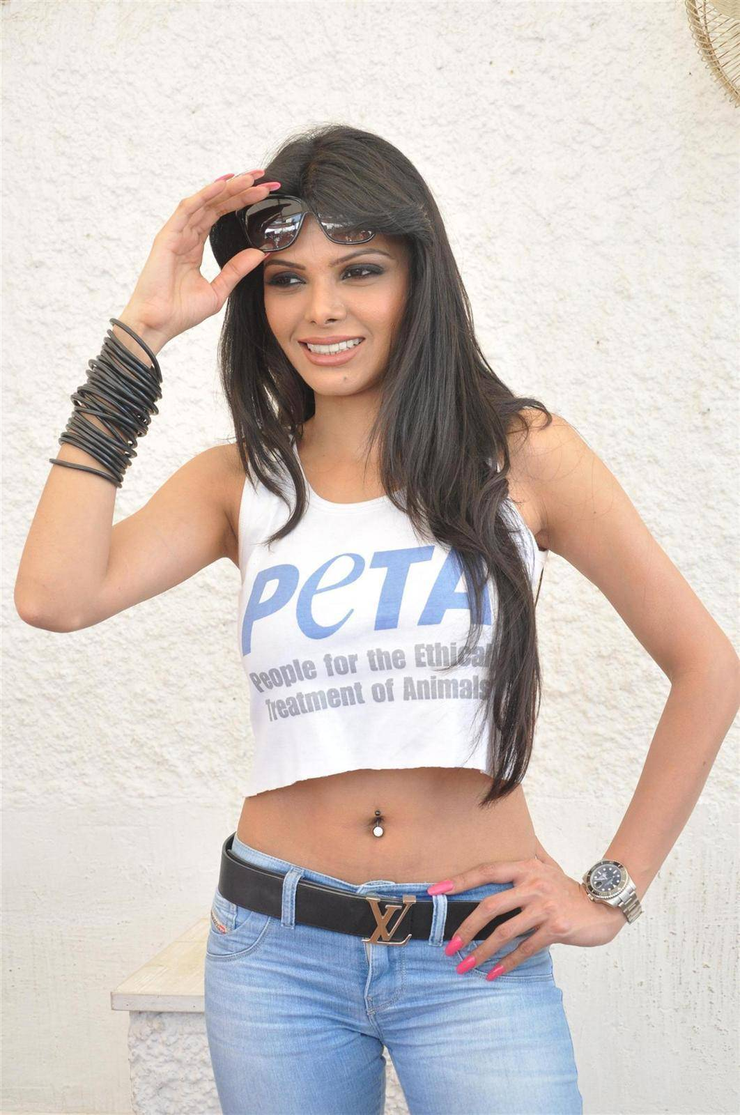 bollywood actress navel show