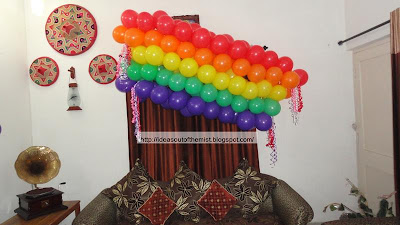 Balloon arrangements for birthday party-A rainbow and some flowers