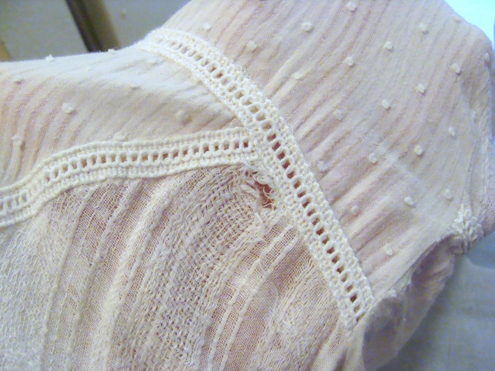 Fix holes in gauze fabricGauze Fabric