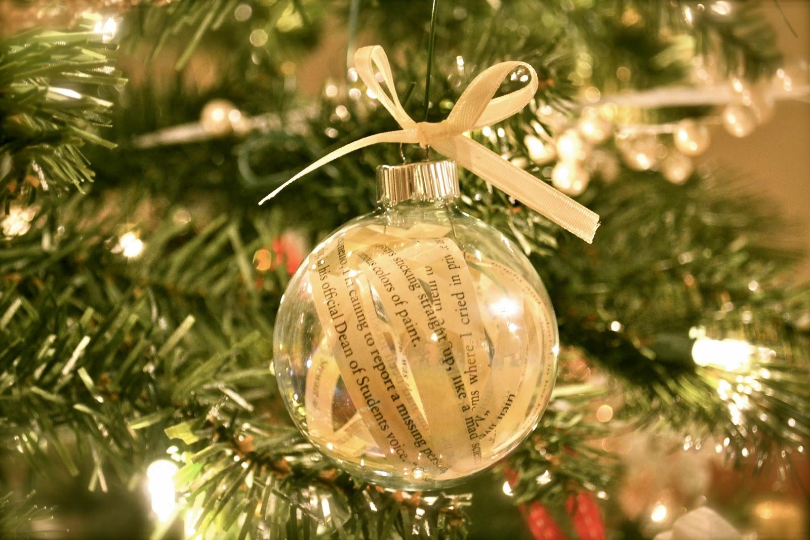 classic christmas decor - Classic Christmas