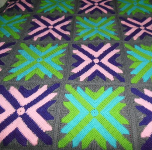 Twelve Star Blanket - Free Pattern