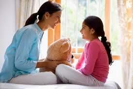 Những nguyên tắc giáo dục giới tính cha mẹ cần dạy bé