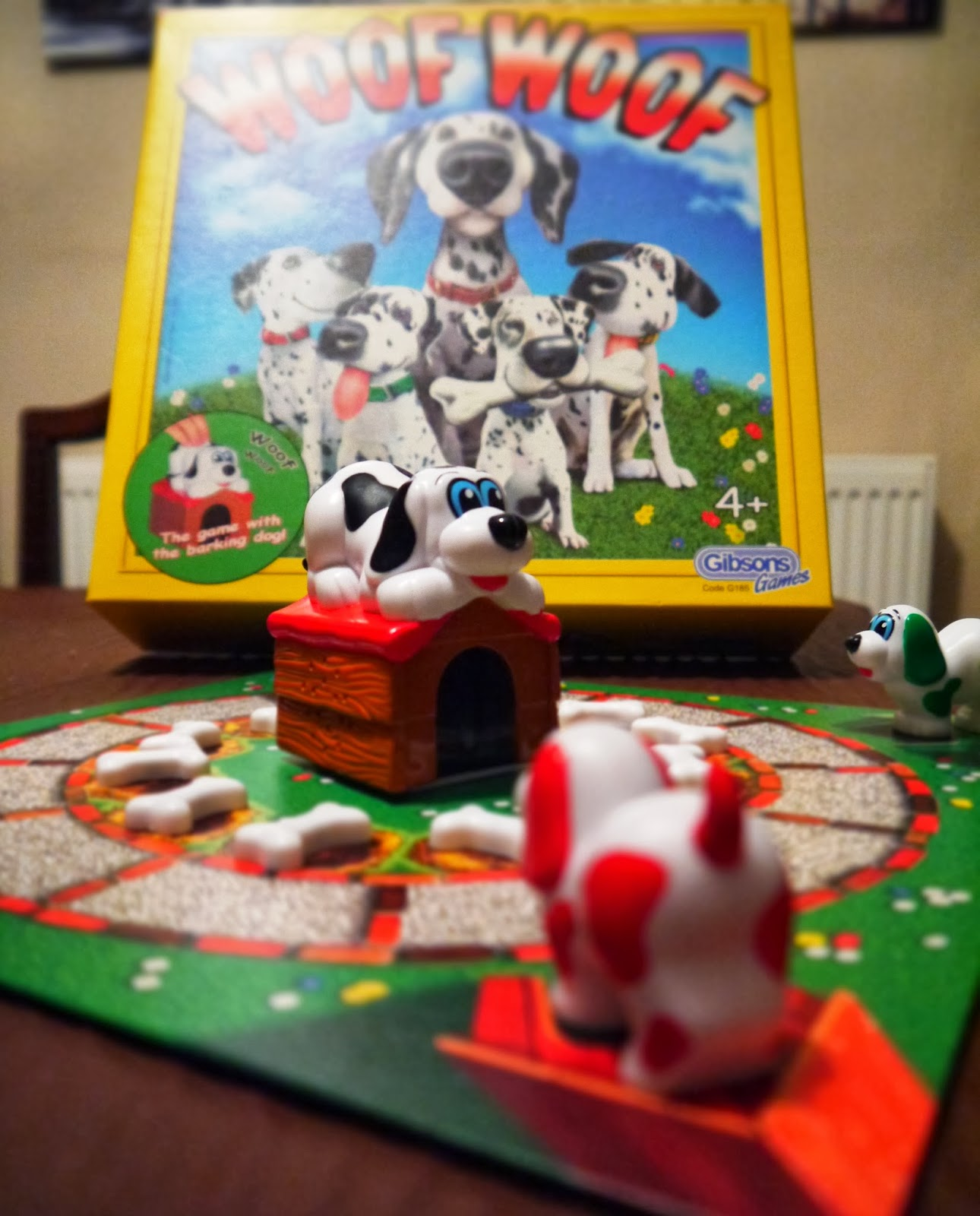 Woof woof board game