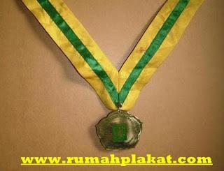 Daftar Harga Medali, Harga Pembuatan Medali, Toko Medali, 0812.3365.6355, www.rumahplakat.com
