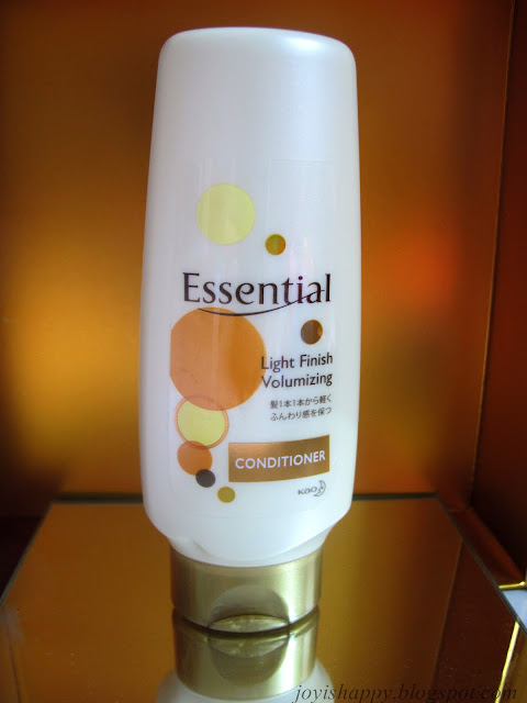 Essential Light Finish Volumising Conditioner review