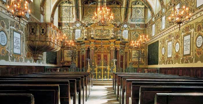 Dal 21 gennaio al 17 settembre: Rondò Divertimento Ensemble. La SInagoga di Casale Monferrato sede del concerto del 10 settembre 2015