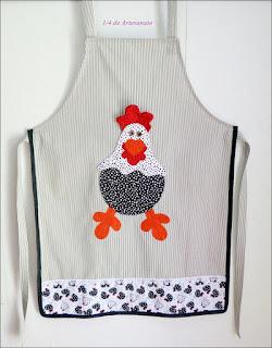Avental com aplique galinha em tecido 100% algodão