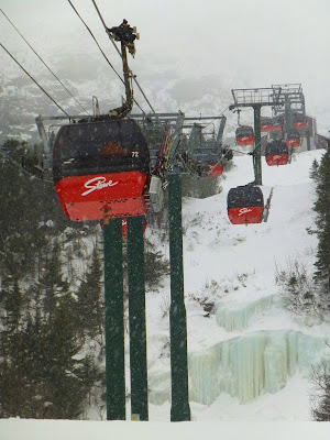 Stowe's gondola, Sunday morning 03/16/2014.  The Saratoga Skier and Hiker, first-hand accounts of adventures in the Adirondacks and beyond, and Gore Mountain ski blog.