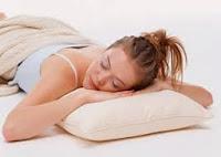 Waspada, Tidur Tengkurap Merusak Tulang