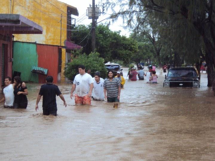 Vive Salina Cruz el peor desastre natural de estos años ...
