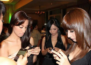 Merayu Cewek Melalui SMS