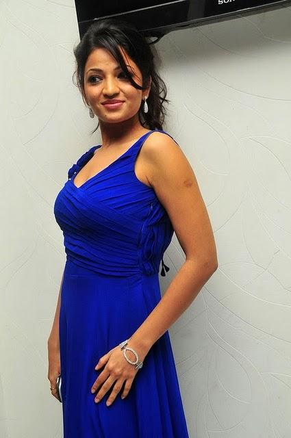 Anusha Jain Upcoming New Telugu Actress Latest Celebrity Photos sexy stills