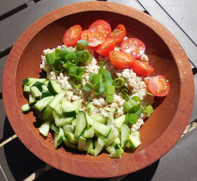 Mediterranean Tzatziki Salad