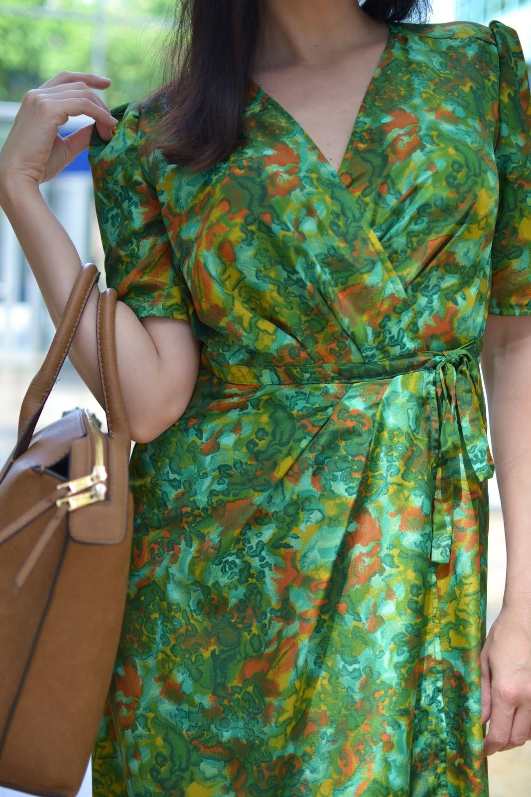 Jeseň klope na dvere_Katharine-fashion is beautiful_Šaty_Zlaté sandále_Katarína Jakubčová_Fashion blogger