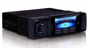 Saat membangun sistem audio mobil, bila tidak ingin mengganti dengan yang baru Anda bisa menggunakan head unit pabrik /bawaan
