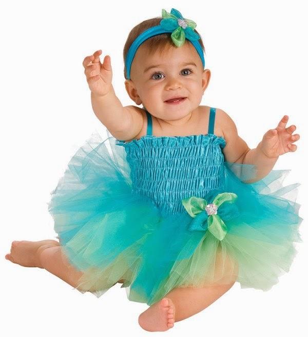 Foto bayi lucu pakai kostum tutu dress