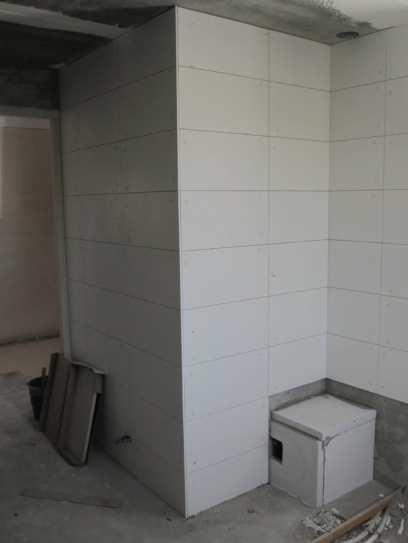 20170329 172252 badkamer betegelen bad - Badkamer betegeld ...