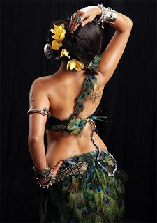 Marathi actress Sonalee Kulkarni's backless poster for movie Ajintha