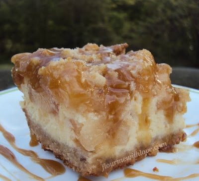 caramel-apple-cheesecake-bars