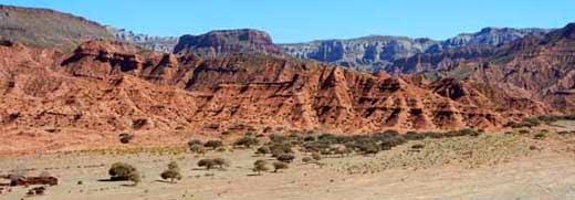 Die Landschaft in diesem Bereich ähnelt der afrikanischen Steppe.