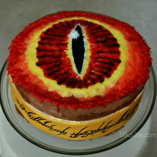 One Cake to Feed Them All: Lord of the Rings Eye of Sauron Cake