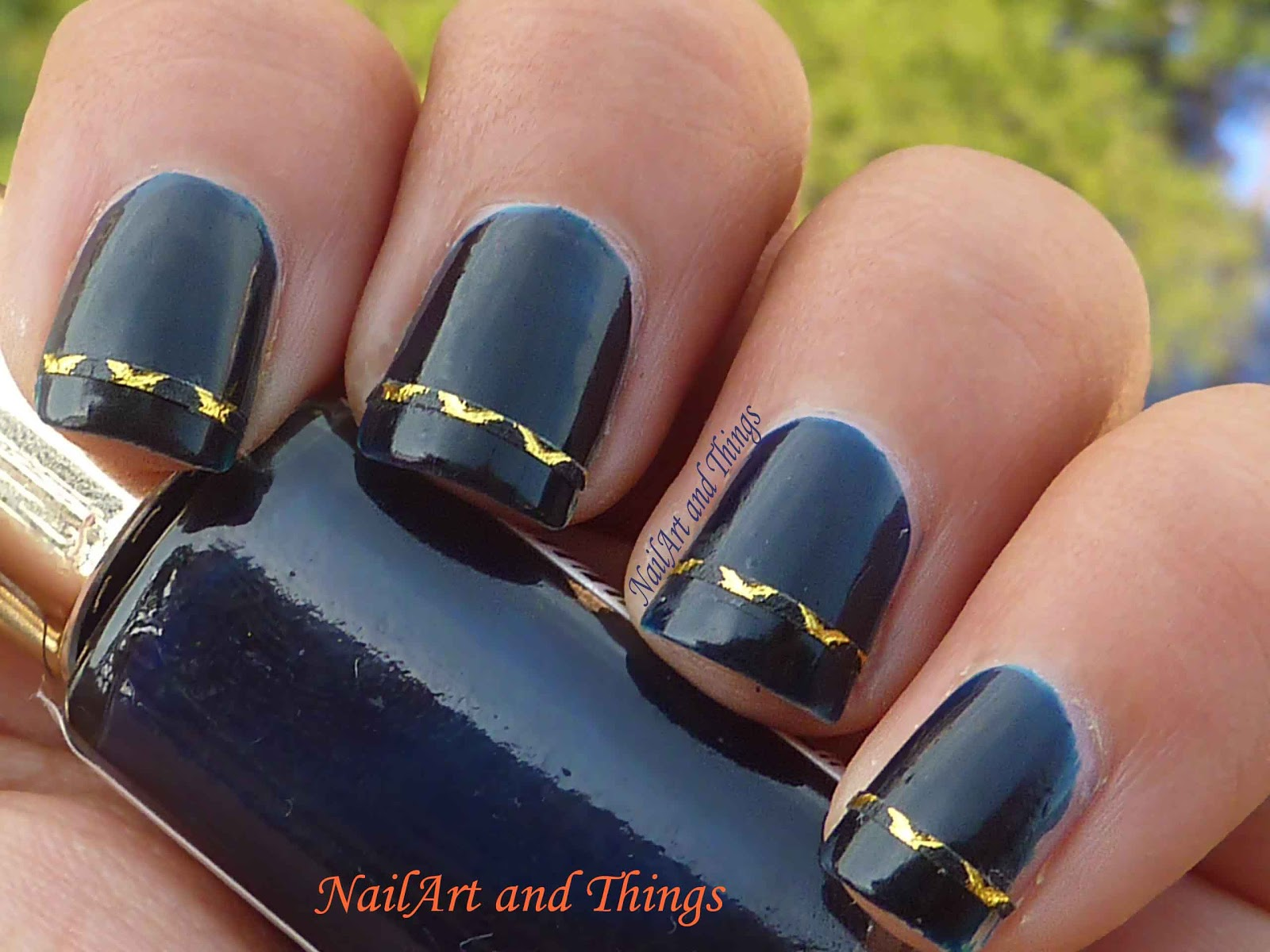 how to use nail art tape