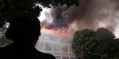 Kebakaran Gedung Setneg di Kompleks Istana